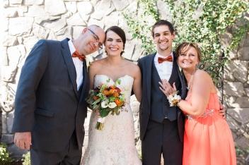 pew-wedding-family-portraits-3
