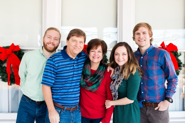 steele-family-christmas-2